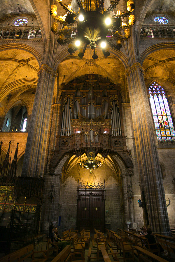 excuse-my-blog-a-peek-in-the-gothic-quarter-14