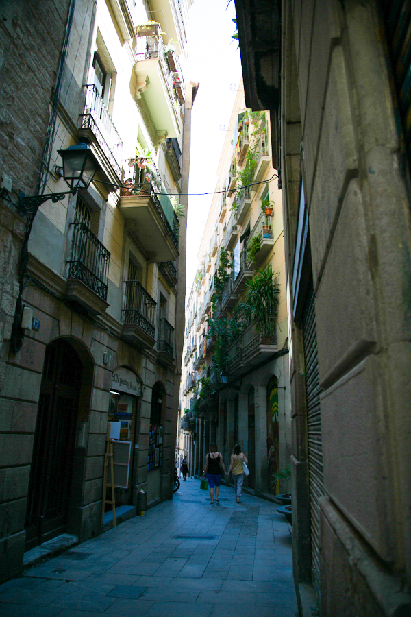 excuse-my-blog-a-peek-in-the-gothic-quarter-25
